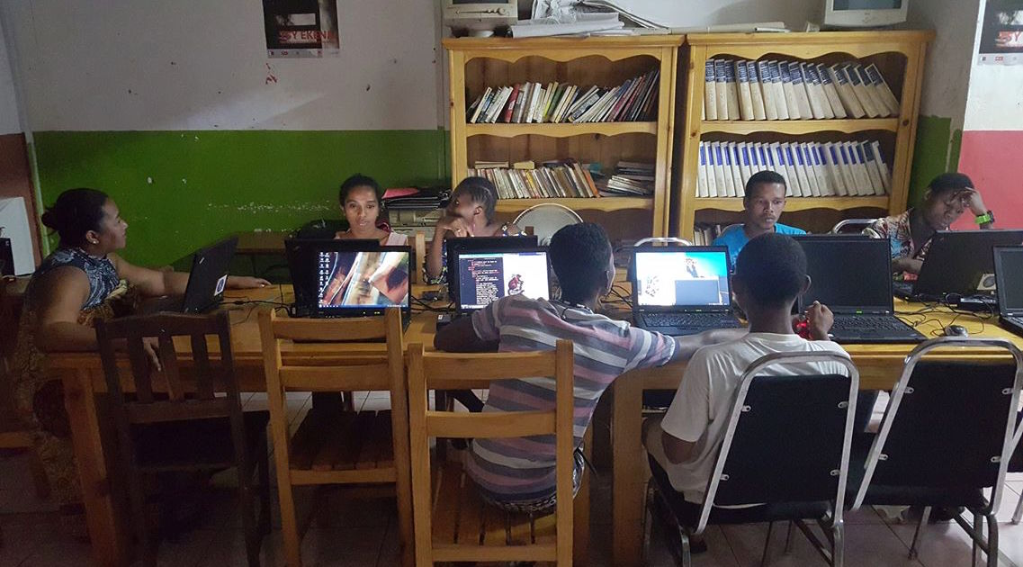 Photo from web design classroom in Nosy Be, Madagascar