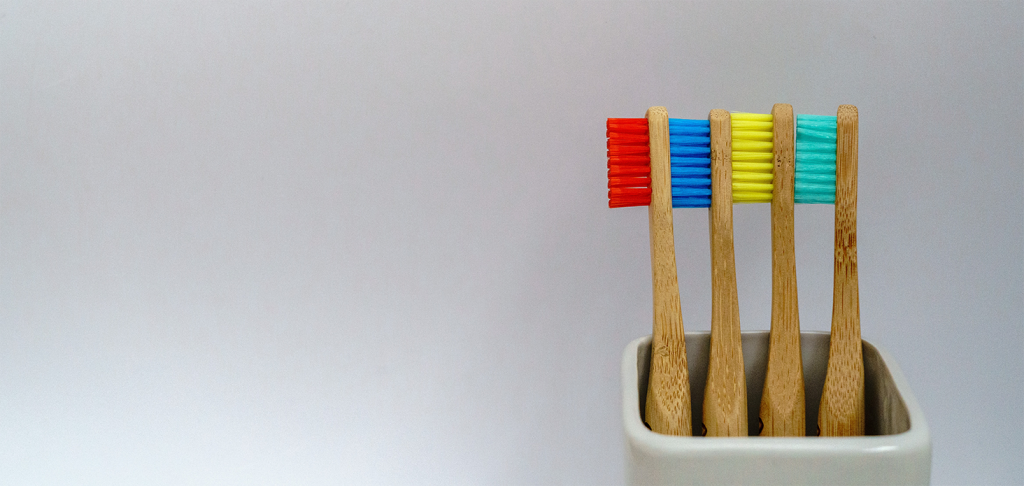 four toothbrushes to represent the four level of user testing pricing with TryMyUI
